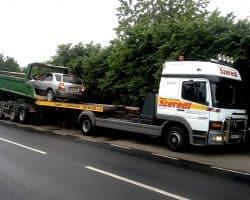 rozładunek z ciężarówki